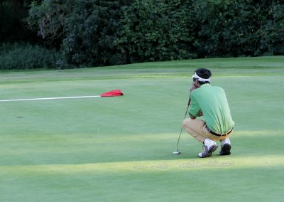 Consentrating-on-that-last-putt